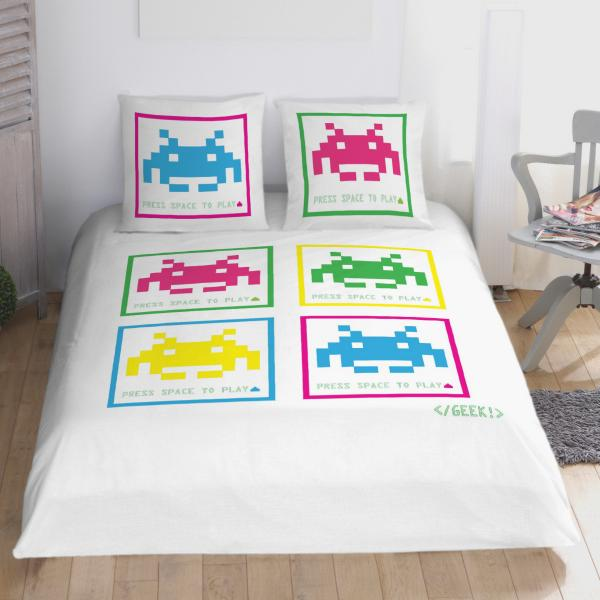 Housse de couette space invader decodeo for Housse de couette bhv