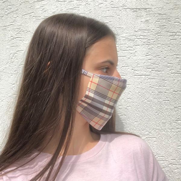 Masque lavable BURBERRY vue de coté