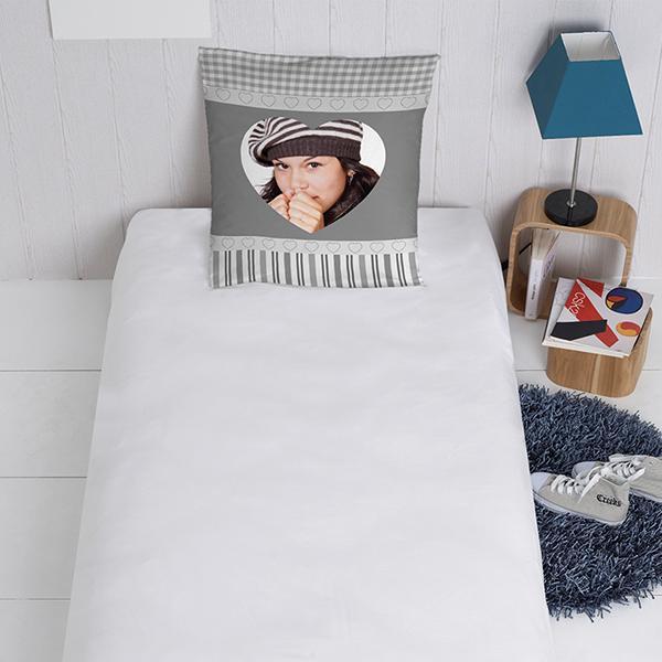 taie d oreiller c ur personnalis e decodeo. Black Bedroom Furniture Sets. Home Design Ideas