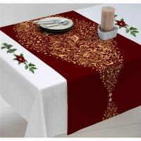 Chemin de table de Noël rouge avec des sapins dorés
