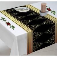 Chemin de table de Noël à personnalisé aux motifs de sapins dorés sur
